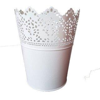 Pot dentellé blanc