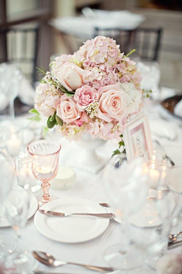 centre table rose blog detendance boutik vente d 39 articles de decoration de mariage et. Black Bedroom Furniture Sets. Home Design Ideas