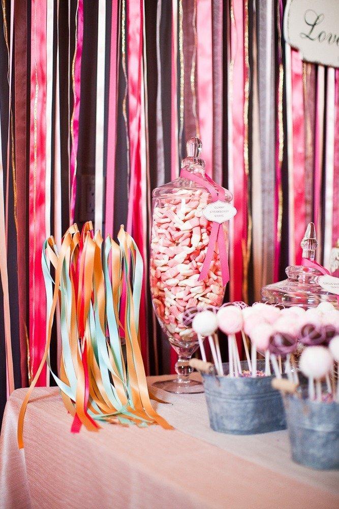 rideaux ruban satin archives blog detendance boutik vente d 39 articles de decoration de mariage. Black Bedroom Furniture Sets. Home Design Ideas