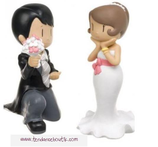 figurine gateau mariage pas cher blog detendance boutik vente d 39 articles de decoration de. Black Bedroom Furniture Sets. Home Design Ideas