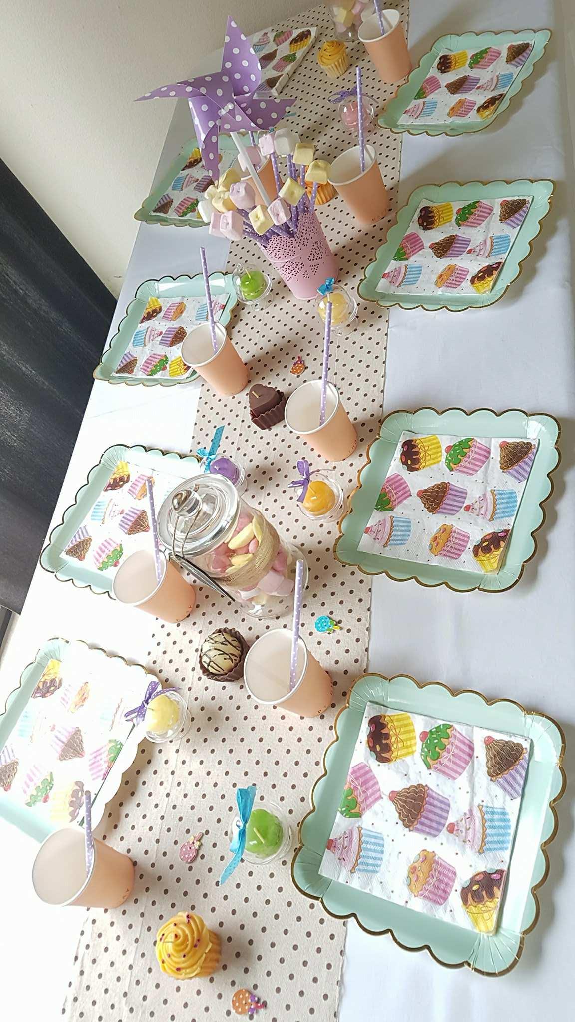 decoration table theme bonbon blog detendance boutik vente d 39 articles de decoration de. Black Bedroom Furniture Sets. Home Design Ideas
