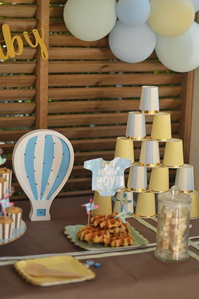 deco baby shower garcon