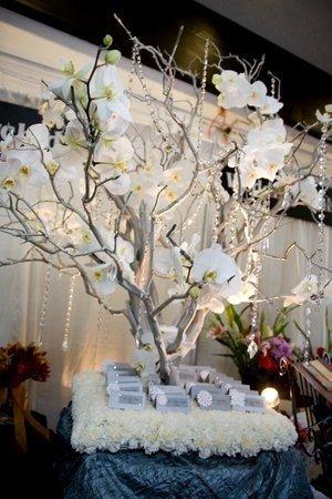 Decoration Table Mariage Arbre.Arbre Centre De Table Pour Faire Un Plan De Table Tendance