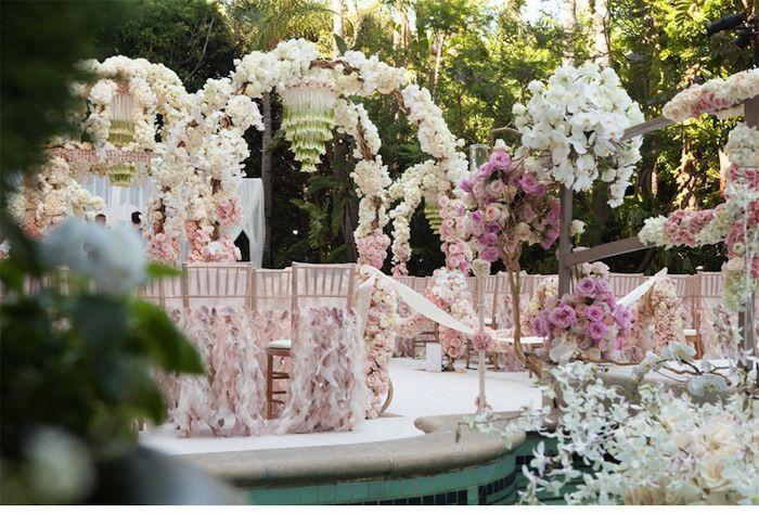 Une décoration romantique passe par des décorations qui se marieront bien  avec ce thème.