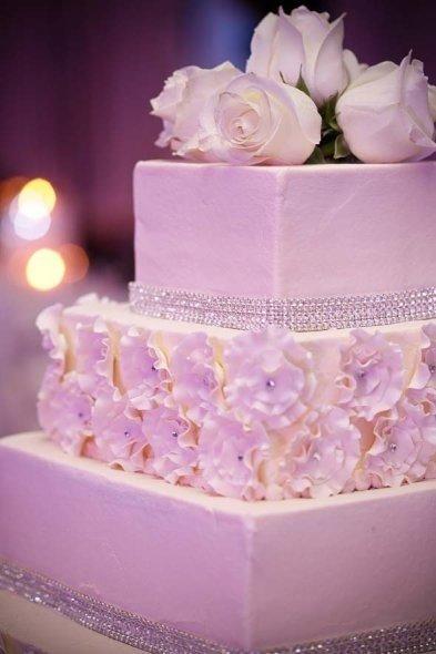 Mariage bling bling strass et paillettes au rendez vous - Decoration serviette de table mariage ...
